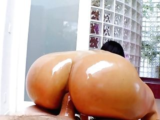 Oiled Up Cuban Mummy Luna Starlet Gives A Boobjob And Gets Her Backdoor Plowed