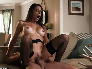 Insatiable Wifey In Sexy Underwear And Stockings Eva Lengthy Gets Fucked Hard