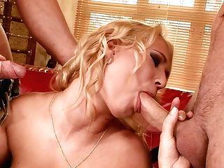 Linda Ray - Nice Lump Of Bootie
