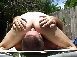 Hairy Florida Matures Face-sitting Outside