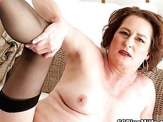 Renee In The Morning - Renee Kane - 60plusmilfs