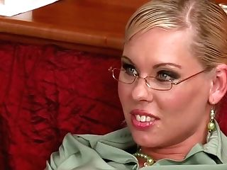 Barbie Brilliant - Incredible Xxx Clip Cougar Newest Off The Hook Version